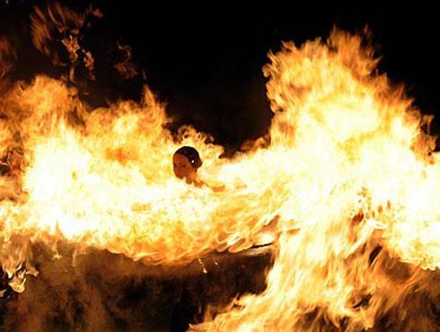আইপিএল ২০০৯১৮ এপ্রিল ২০০৯। দ্বিতীয় আইপিএলের উদ্বোধন হয়েছিল দক্ষিণ আফ্রিকার কেপটাউনে।