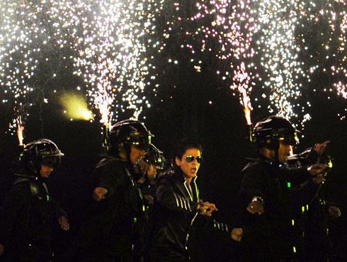 আইপিএল ২০১১৮ এপ্রিল ২০১১। চেন্নাইতে আইপিএলের উদ্বোধন।
