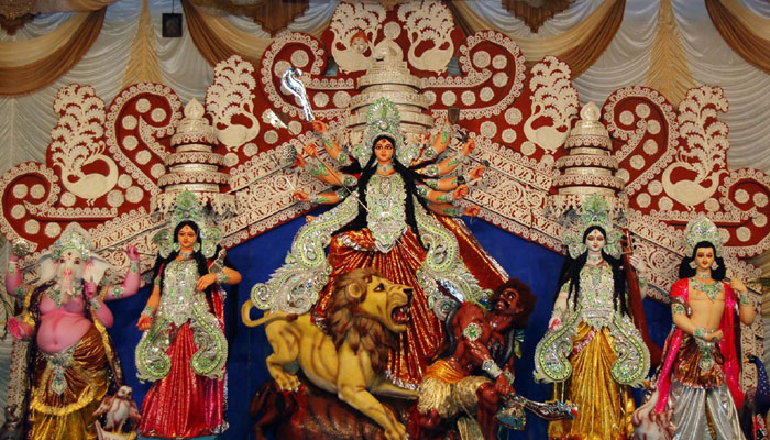 essay on puja Paragraph on puja vacations- by anand article shared by research papers, essays, articles and other allied information submitted by visitors like you.