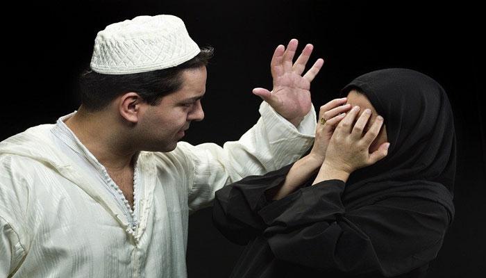 মুসলিম প্রধান দেশগুলিতেই তালাবন্ধ তালাক প্রথা