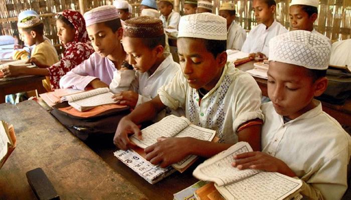 মাদ্রাসায় দীপাবলি, দশেরাতে ছুটি বাধ্যতামূলক করল যোগী সরকার