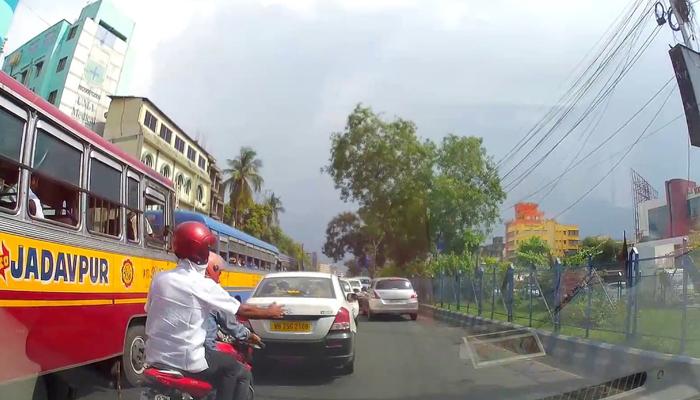 এবার কমবে কলকাতা এয়ারপোর্টের পথে যানজট, বড় সিদ্ধান্ত রাজ্য সরকারের