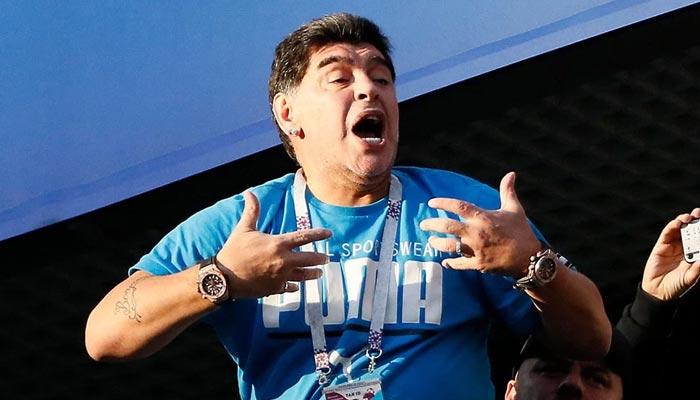 'আমি কী অযোগ্য?' ফুটবল কর্তাদের প্রশ্ন ক্ষুব্ধ মারাদোনার
