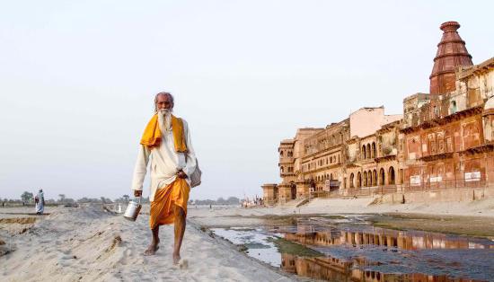 বৃন্দাবনে সাধু সেজে ঘুরছিল বাংলাদেশি যুবক, ধরল যোগীর পুলিস