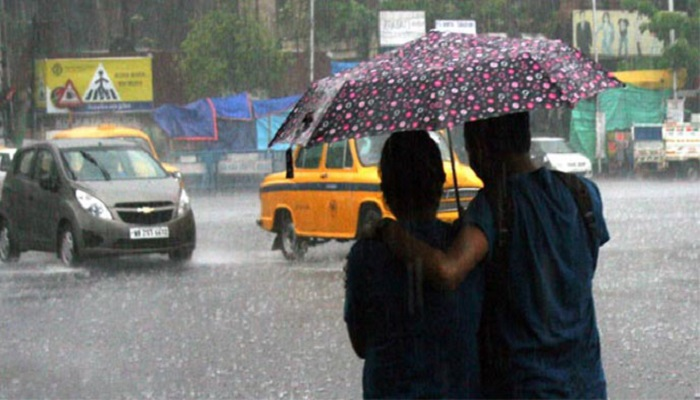 তিতলির প্রভাবে বৃষ্টি শুরু কলকাতায়, রাতভর চলবে বর্ষণ