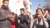 গেরুয়া গর্জন: জয়ের গন্ধে মাতোয়ারা গৈরিক শিবির