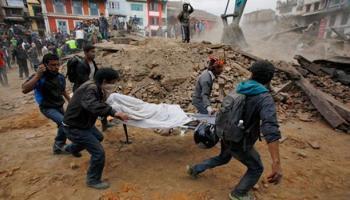 ভূমিকম্পে বিধ্বস্ত বুদ্ধভূমি, নেপালে মৃতের সংখ্যা ১৫০০ ছাড়াল, আহত অসংখ্য