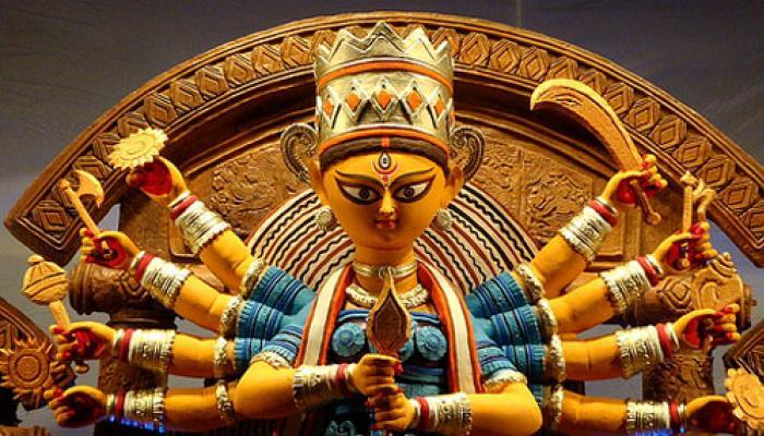 আজ মহাষষ্ঠী, বোধনের সঙ্গে সঙ্গে শারদীয়া সুরে মাতোয়ারা ৮ থেকে ৮০