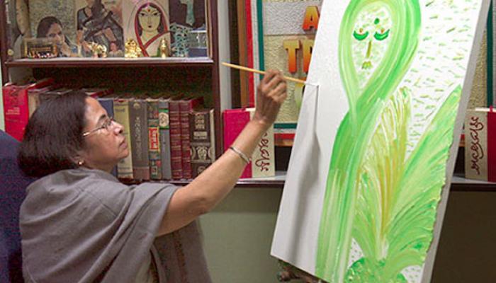 ছবি বিক্রির একটি নয়া পয়সাও মুখ্যমন্ত্রীর ব্যক্তিগত অ্যাকাউন্টে যায়নি, দাবি তৃণমূলের