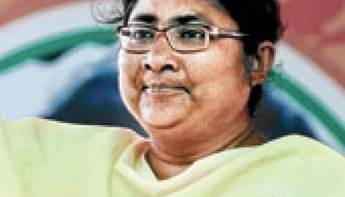 সারদা কেলেঙ্কারি: কুণাল, রজত, সৃঞ্জয়, মদনের পর সিবিআইয়ের নজরে এবার দোলা সেন