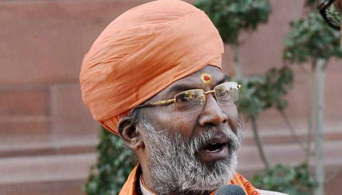 অনুতপ্ত নন সাক্ষী মহারাজ, বললেন 'রাত গয়ি, বাত গয়ি'