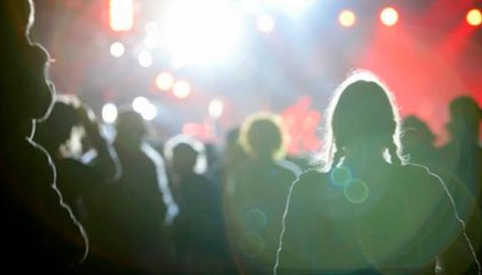 বাসস্ট্যান্ড, স্টেশন থেকে ধরে আনতে হবে পড়ুয়া, কলেজ কর্তৃপক্ষের নির্দেশ না মানায় ছাঁটাই ৯২ জন শিক্ষক