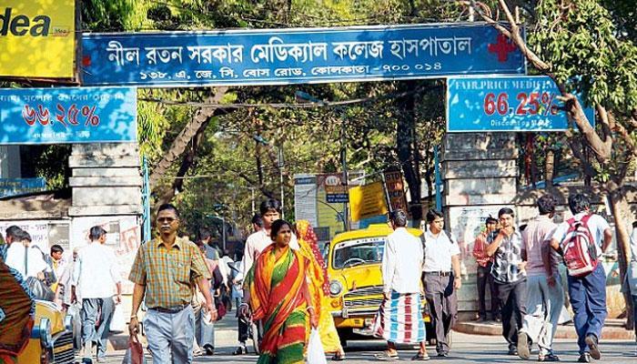 'অজানা' কারণে বদলি কলকাতার একমাত্র স্কোলিওসিস বিশেষজ্ঞ