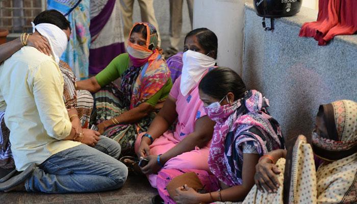 গোটা দেশ কাঁপছে সোয়াইন ফ্লুয়ের আতঙ্কে, মৃতের সংখ্যা ৬০০ ছাড়াল