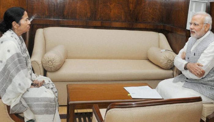 শেষ মুহূর্তে সিদ্ধান্ত বদল, বাংলাদেশে মোদীর সফর সঙ্গী মমতা