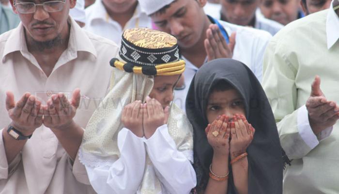 আজ খুশির ইদ, গোটা বিশ্বের সঙ্গে উৎসবের আনন্দে মাতোয়ারা কলকাতাও