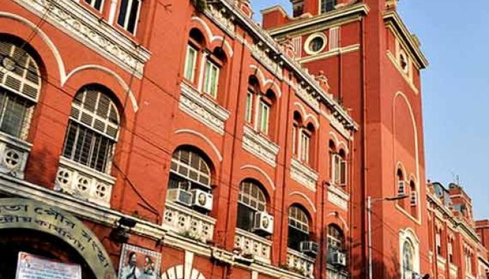 শিল্পের বাজারে মন্দা, মুখ থুবড়ে পড়েছে কলকাতা পুর সভার বিল্ডিং বিভাগের আয়
