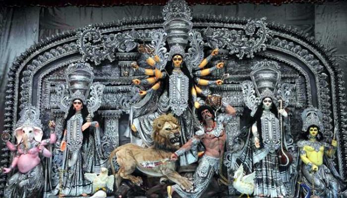 দুর্গাপুজোকে কেন্দ্র করে রাজ্যে পর্যটক টানতে উদ্যোগী মুখ্যমন্ত্রী