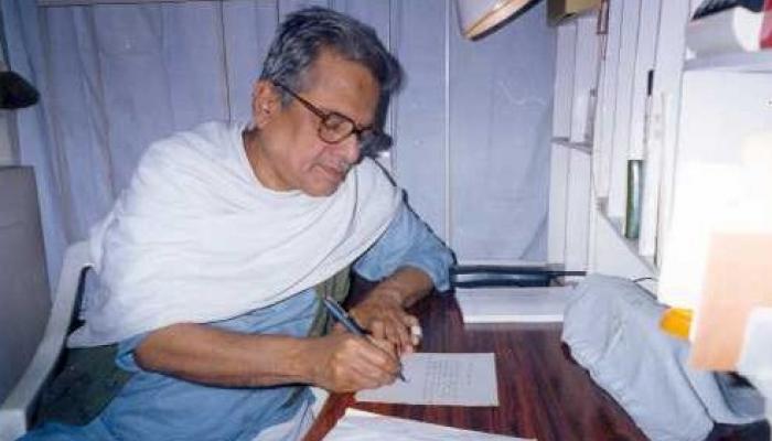 বাংলা কবিতায় আর হবে না সলমা জরির কাজ', প্রয়াত কবি উৎপল কুমার বসু