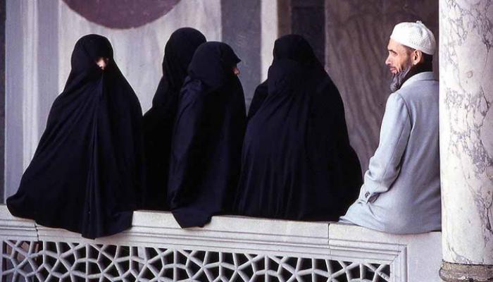 কোরানের 'অপব্যাখ্যা' করে একাধিক বিয়ে করে থাকে পুরুষ, জানাল গুজরাত আদালত
