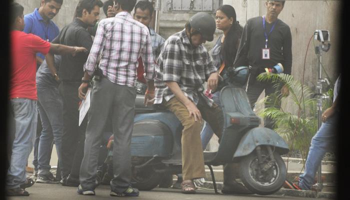 'হোটেল পছন্দ হয়নি', শান্তিনিকেতন থেকে কলকাতা ফিরলেন বিগ বি