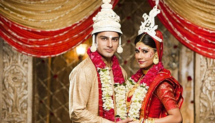 বিয়ের পর পদবির কি পরিবর্তন চান ভারতীয় মহিলারা?