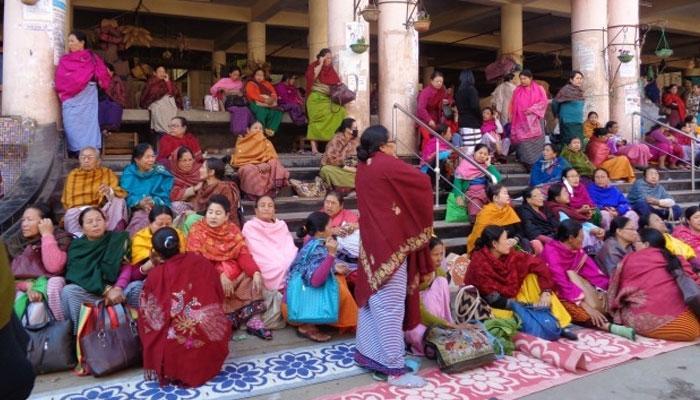 ইম্ফলে ভূমিকম্পের জেরে বন্ধ বিশ্বের বৃহত্তম মহিলা পরিচালিত বাজার