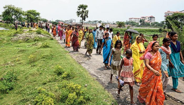 আতঙ্ক ক্রমশ গ্রাস করছে কামদুনির বাসিন্দাদের