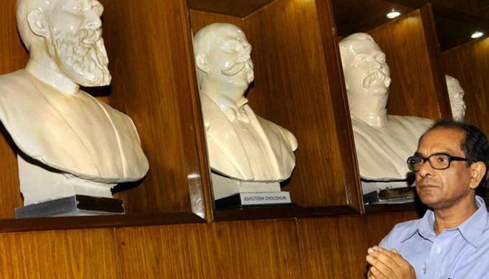 যাদবপুর বিশ্ববিদ্যালয়ে 'অশোক রুদ্রের উপস্থিতি অবাঞ্ছিত', সুরঞ্জন দাশ