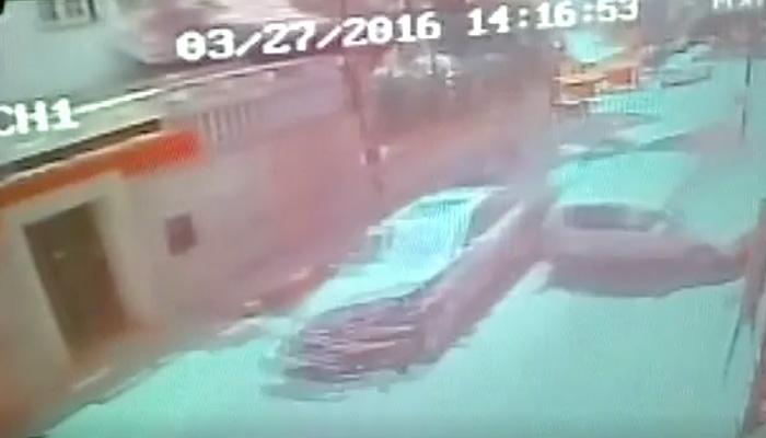 বেঙ্গালুরুতে ভয়াবহ পথ দুর্ঘটনা, দেখুন CCTV ফুটেজ