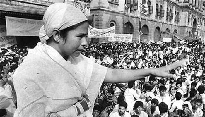 এক ঝলকে দেখে নিন ১৯৮৪ সাল থেকে মমতার রাজনৈতিক কেরিয়ার