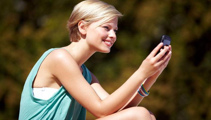 অবিশ্বাস্য! এত কম দামে 4G স্মার্টফোন!
