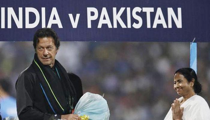 ভারত-পাকিস্তান দ্বিপাক্ষিক ক্রিকেট সিরিজ চালুর জন্য মোদীকে অনুরোধ করবেন ইমরান