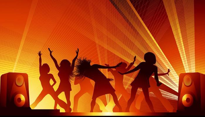 বিশ্বসঙ্গীত দিবসে নিজেই বুঝে নিন এ দেশের ৮০ বছরের হিন্দি গানের বিবর্তন