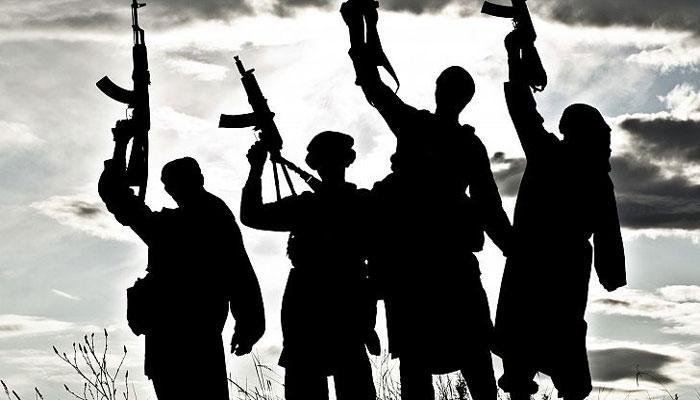 বাংলাদেশ সরকার কিছুতেই মানতে চাইছে না যে জঙ্গিরা ISIS