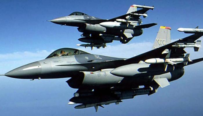 ভারতের বিরুদ্ধে পাকিস্তানের যুদ্ধের প্রস্তুতি! ইসলামাবাদের আকাশে নাকি উড়ছে 'F-16 বিমান'