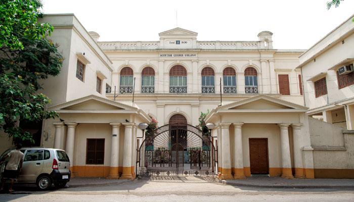 শিক্ষামন্ত্রীর আর্জি মেনে অবশেষে কাল থেকেই খুলছে স্কটিশচার্চ কলেজ