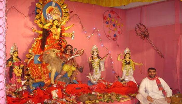 দেবীপক্ষে বাঙালিদের পাশাপাশি নজর কাড়ছে অন্যান্য সম্প্রদায়ের মাতৃবন্দনাও