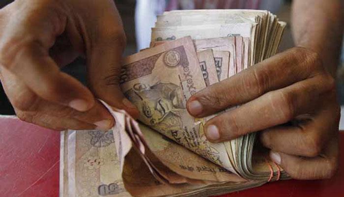 ১০০ টাকার অভাবে হেনস্থা রায়গঞ্জের হাসপাতালে