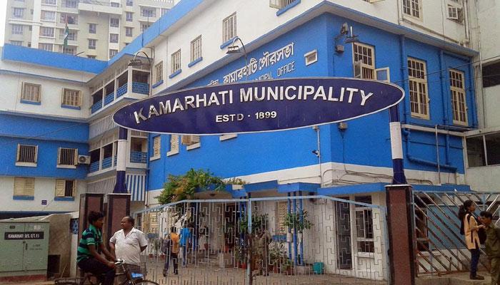 কামারহাটির নিউ বস্তি এলাকায় গুলি, বোমাবাজি