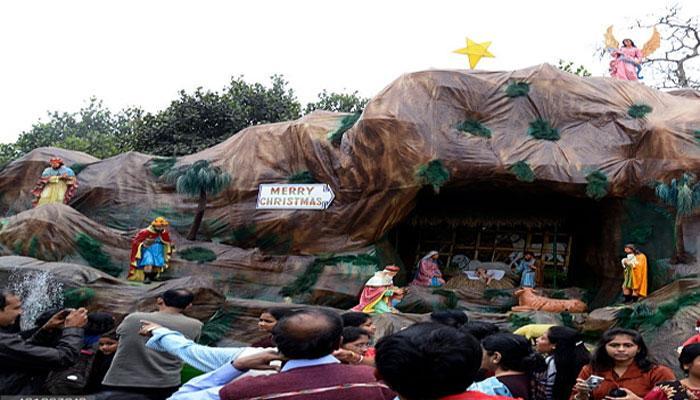 ভৌগলিক-ঐতিহাসিক-বিজ্ঞানের যুক্তি নয়, পঁচিশে ডিসেম্বর, আপাদমস্তক বাঙালিরও বড়দিন