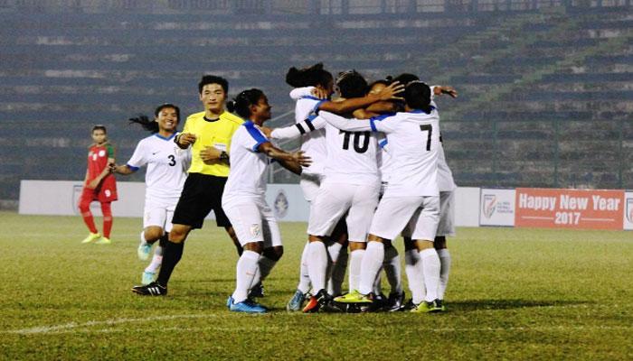 বাংলাদেশকে হারিয়ে সাফ কাপ চ্যাম্পিয়ন ভারতের মহিলা ফুটবল দল