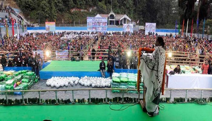আজ রাজ্যের একুশতম জেলা হিসেবে আত্মপ্রকাশ করছে কালিম্পং