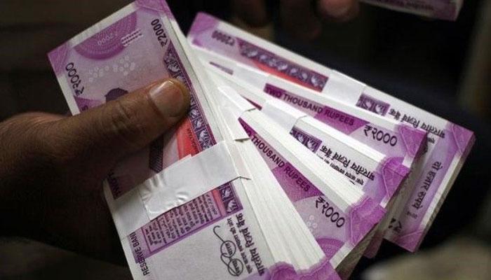 রাষ্ট্রপতির বেতন হোক মাসিক ৫ লাখ টাকা, স্বরাষ্ট্র মন্ত্রকের প্রস্তাবে মুখে 'কুলুপ' প্রধামন্ত্রীর দফতরের