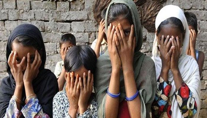 শিশুপাচারে সরাসরি যুক্ত বিজেপি নেত্রী জুহি চৌধুরী, দাবি সিআইডির