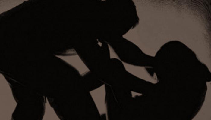 প্রতিবেশীকে ধর্ষণের অভিযোগ তৃণমূল নেতার বিরুদ্ধে, অভিযোগ নিতে অস্বীকার পুলিসের