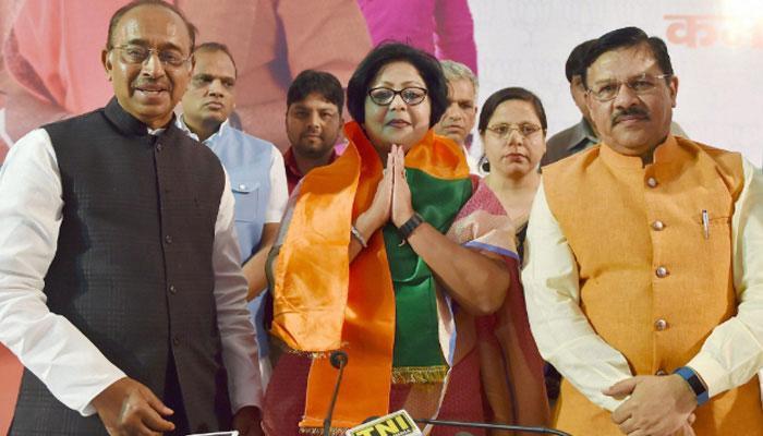 রাহুল গান্ধীর বিরুদ্ধে বিষোদগার করে কংগ্রেস ছেড়ে BJP-তে বরখা শুক্লা