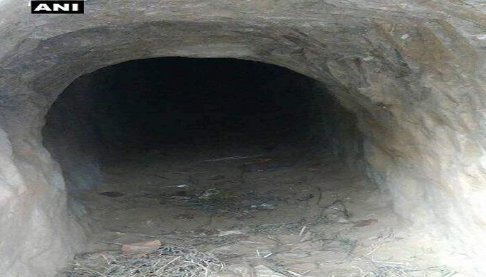 বাংলাদেশ সীমান্তে রহস্যজনক সুড়ঙ্গের হদিশ পেল BSF