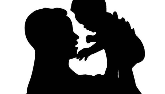 নিজের দ্বিতীয় বিয়ের টাকা জোগাড় করতে সন্তানকে বিক্রির অভিযোগ মায়ের বিরুদ্ধে