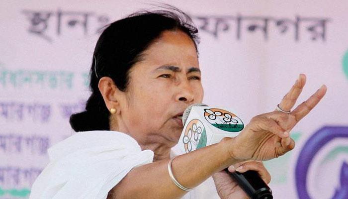 BJP-তে গরম, কংগ্রেসে নরম, দলকে বার্তা মমতার